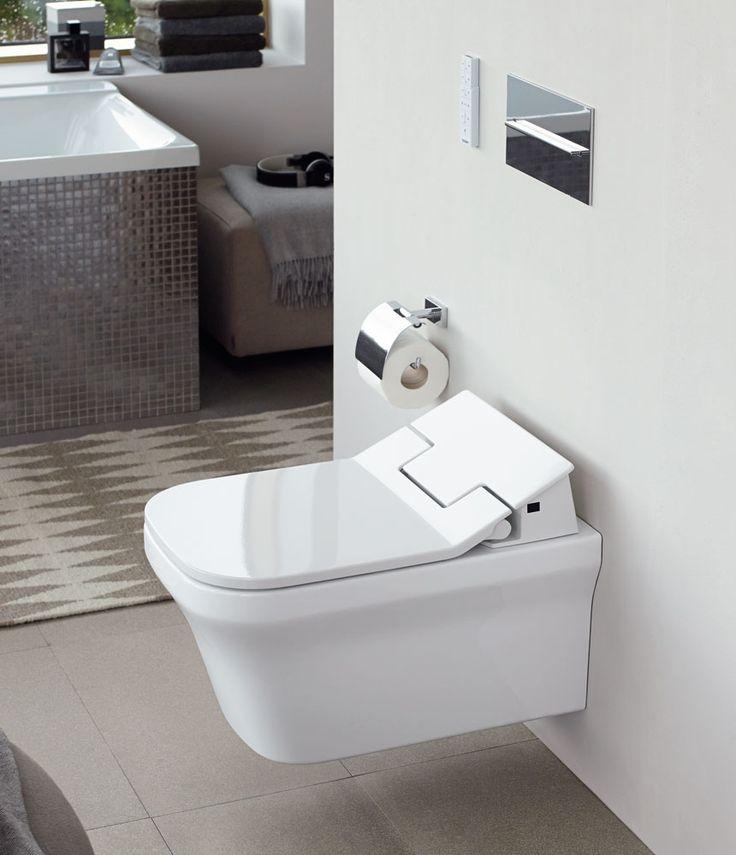 Duravit amplia la sua gamma di sedili elettronici con il nuovo modello SensoWash® Slim, con sedile e coperchio dalle linee marcatamente sottili. SensoWash® Slim offre tutti i vantaggi funzionali, di un sedile elettronico con bidet, ed estetici grazie al suo design essenziale e puro.