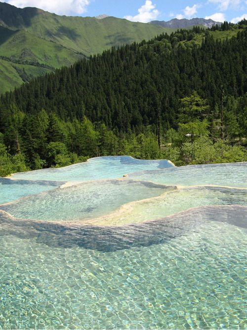 Turquoise, Natural Hot Springs, China: Canadian Mountains, Bucket List, Nature, Canada, Rock Pools, Places I D, Travel, Rocks