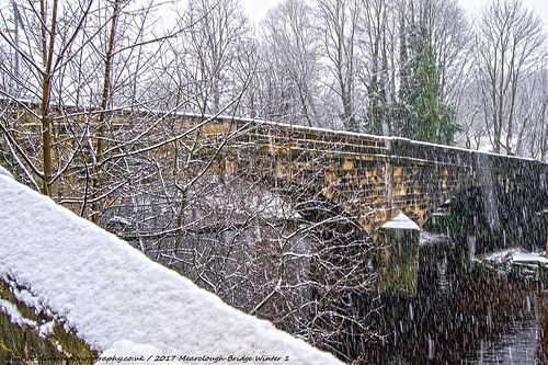 Colin Green Photography: Snow at Mearclough Bridge.
