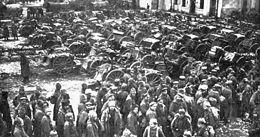 De Slag bij Tannenberg, in wat nu Polen is werd uitgevochten in de Eerste Wereldoorlog , tussen de Duitsers en de Russen, en het duurde van 26 augustus 1914 tot 31 augustus 1914. De slag werd gewonnen door de Duitsers.
