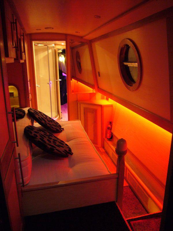 1000 images about liveaboard dreams on pinterest for Narrowboat interior designs