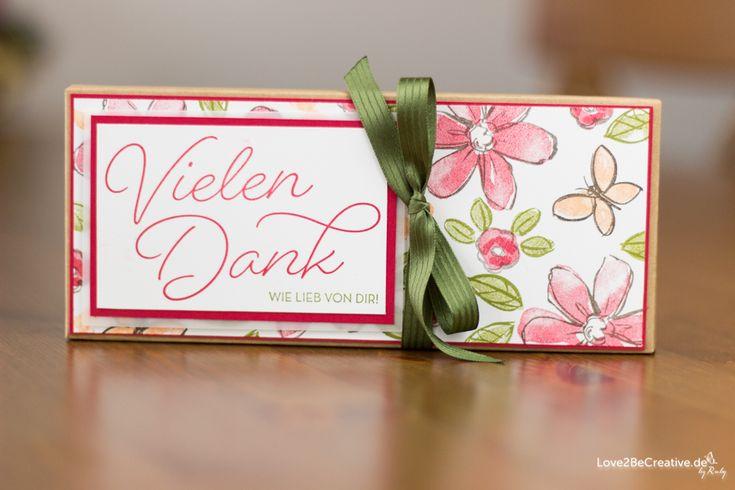 """YOGURETTE-VERPACKUNG Im Januar Blog Hop seht ihr bei mir eine Yogurette-Verpackung, gemacht mit dem Envelope Punch Board und den Stempelsets """"Gesagt, gedankt"""" und """"Garden in bloom"""" von Stampin' Up! Beim Stempelnd durchs Jahr Blog Hop ist das Thema im Januar 2017 die Sale-a-Bration. www.love2becreative.de"""