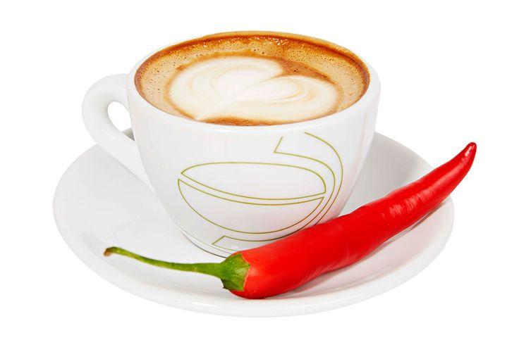 Chili-suklaacappuccino, 3 €. Pehmeän suklainen ja lempeän tulinen cappuccino. Norm. 4,20 €.  TWIST CAFE, 2. KRS