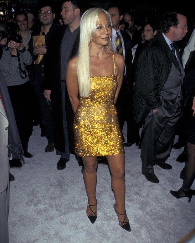 Donatella Versace, 1997 | Donatella versace, Fashion, Versace