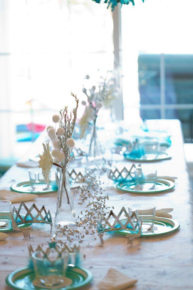 Disney Princess Party - love this Elsa Tea Party theme from Frozen!