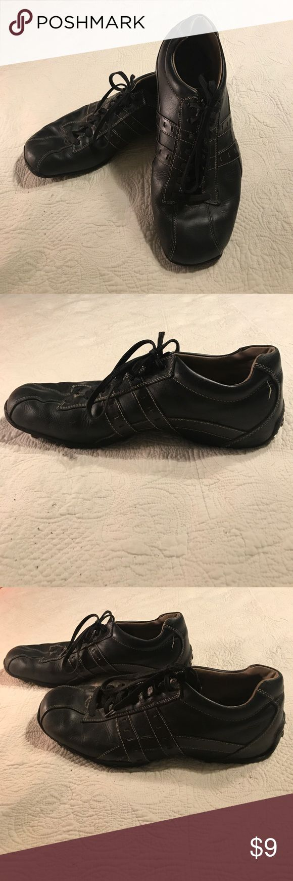 Men's Skechers shoes size 11.5 Men's Skechers black shoes, size 11.5. Casual enough to wear with jeans or with khaki pants. Missing insole, could be replaced with orthotics from any store. Skechers Shoes Loafers & Slip-Ons