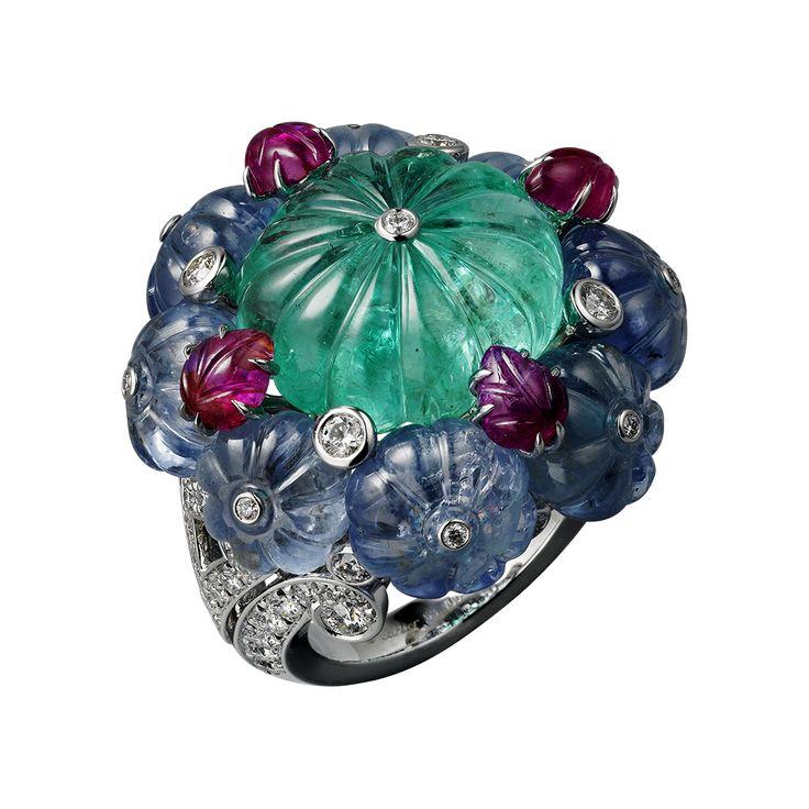 L'Odyssée de Cartier Parcours d'un Style 'Indian Influences and Tutti Frutti' high jewelry ring in Platinum, emerald, sapphires, rubies, diamonds
