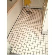 Better homemade tile cleaner with Clorox 2 (less toxic fumes)