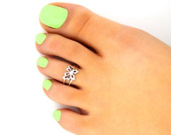 Sterling silver toe ring Butterfly  design adjustable toe ring Also knuckle ring (T-114)