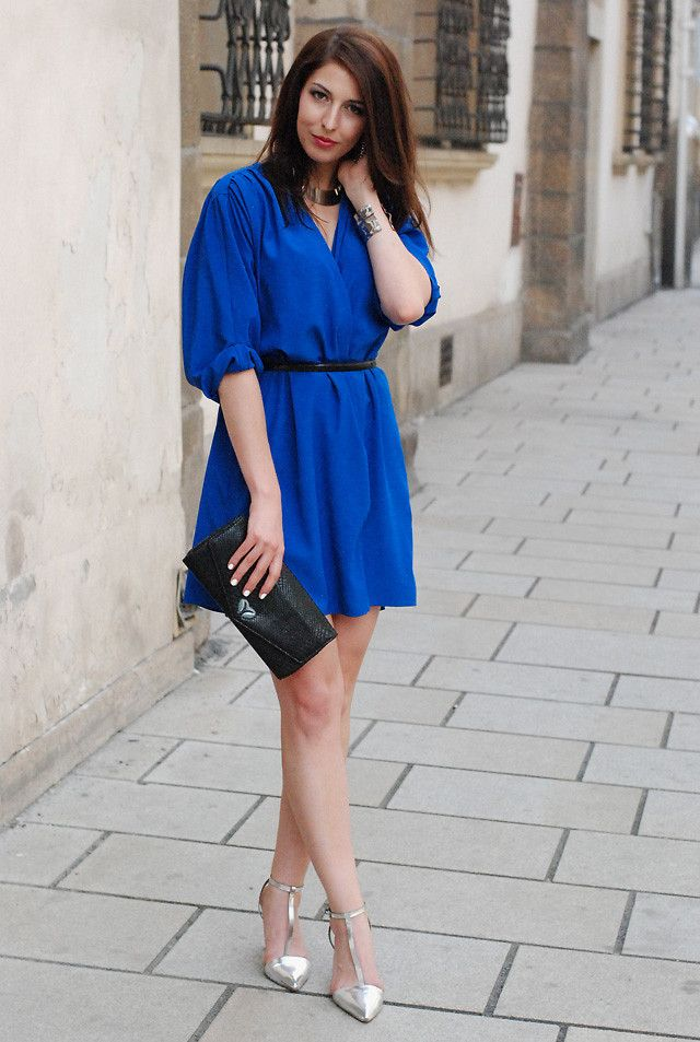 A royal blue dress sandals