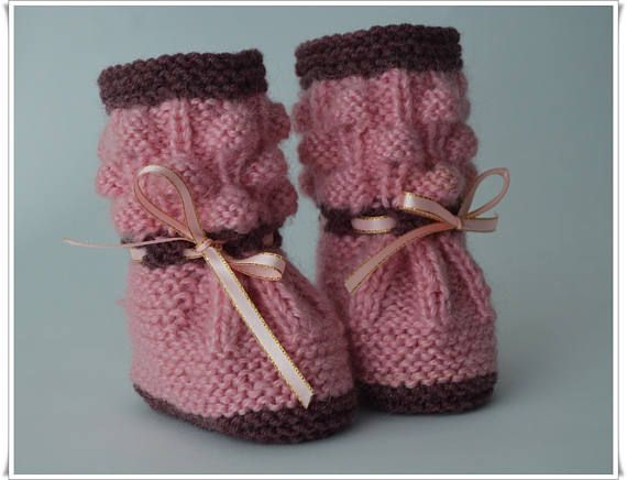 Baby booties Baby shoes Knitted shoes Shoes for babies A gift for pregnant women A gift for Christmas.