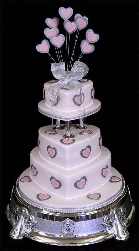 wedding cake with hearts best 99 cakes quinceanera images on other 26905