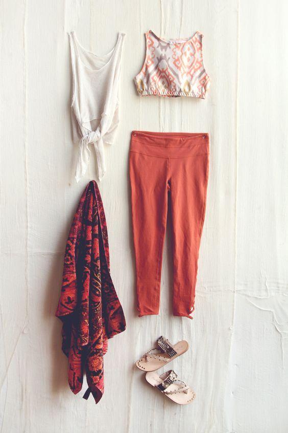 海外スナップから学ぶヨガのお手本ファッションコーディネート