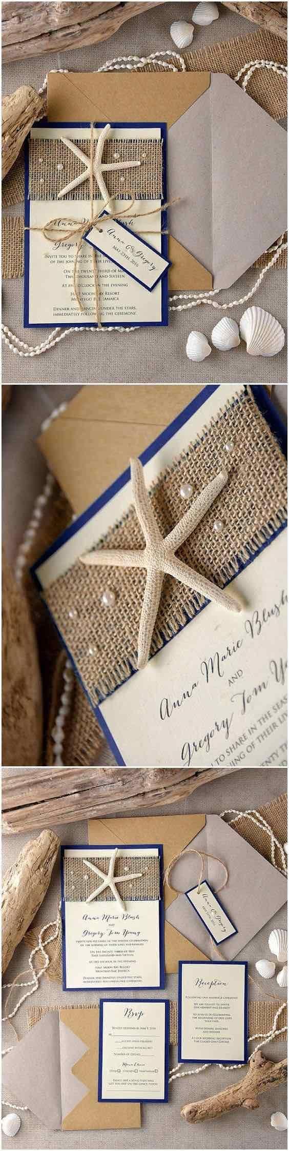 Acompaña el tema de bodas en la playa con más starfish, arpillera y azul marino en tus invitaciones de boda.