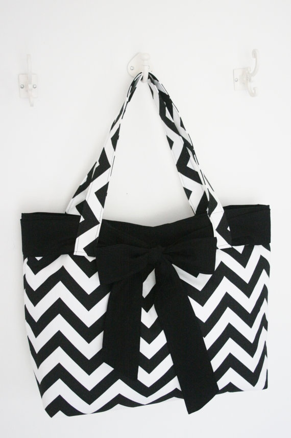Black and White Chevron Purse with Bow by allisonblaylock on Etsy, $45.00