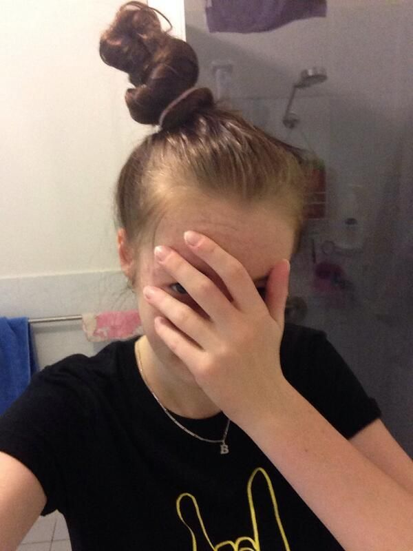 30 Struggles Anyone With Long Hair Understands... This is so my life.