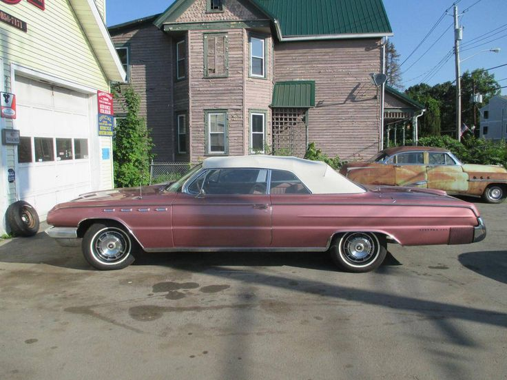 1962 Buick Electra 225 Convertible - Pink Mist