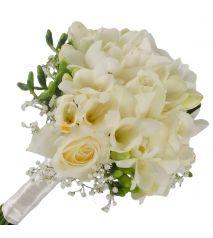 Buchete de mireasa- intre traditie si ornament Obiceiul nuntii este un eveniment foarte vechi. Insa care a continuat pana in prezent. Acest obicei consta in faptul ca in momentul in care doi oameni se iubesc si acestia isi doresc sa intemeieze familie, cei doi indragostiti vor merge in biserica. In planificarea acestui eveniment placut din...  http://articolebiz.ro/buchete-de-mireasa-intre-traditie-si-ornament/