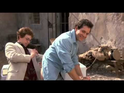 Vincent Brazil (Van Damme) a Roland Flint (Scott Adkins) sú dva najlepšie nájomnej zabijaci na svete. Kým Flint je špičkový ostreľovač, Brazil to zase vie s ...