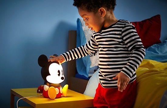 Lámparas quitamiedos Disney http://www.mamidecora.com/lamparas-infantiles-disney.html