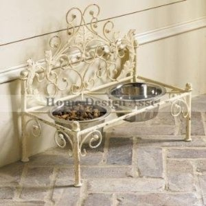 Amazon.com: French Iron WHITE SCROLL Dog Pet Cat Bed Victorian Antique Fleur de Lis European: Pet Supplies
