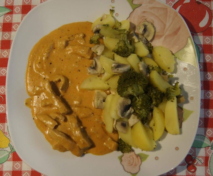 Geschnetzeltes mit Gemüse by GnocchinaTM5 on www.rezeptwelt.de