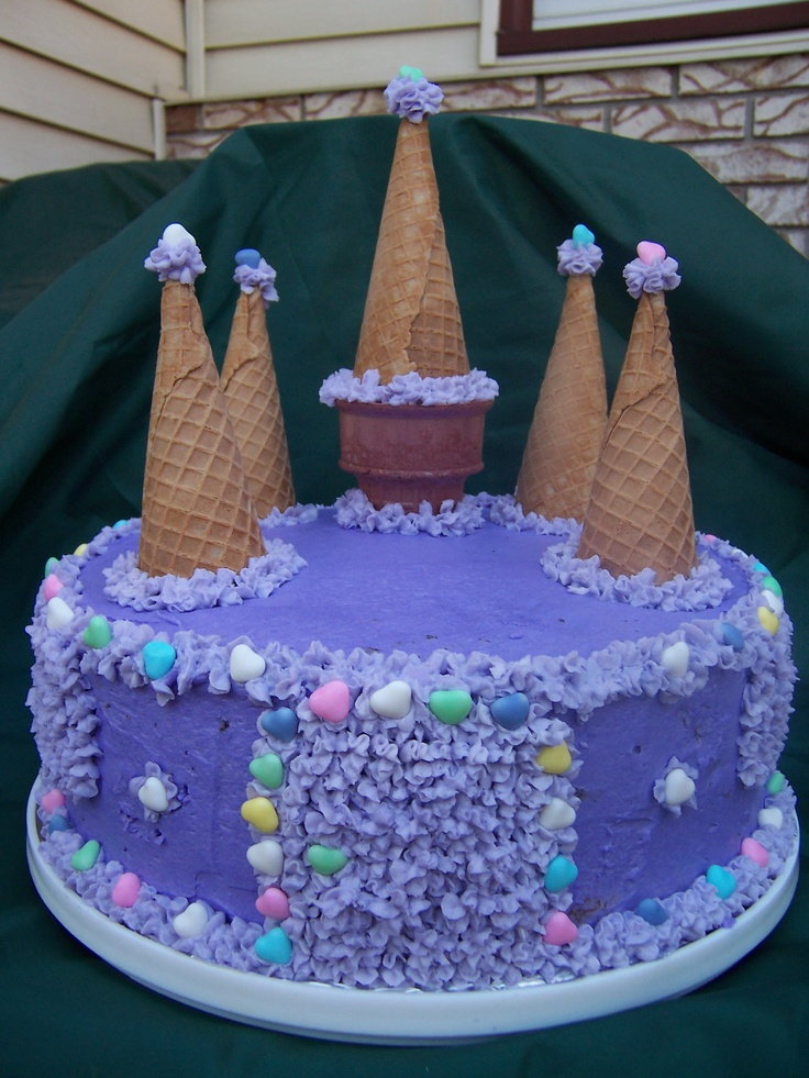 castle cake. this was the first cake i ever attempted. pretty easy for a beginner...