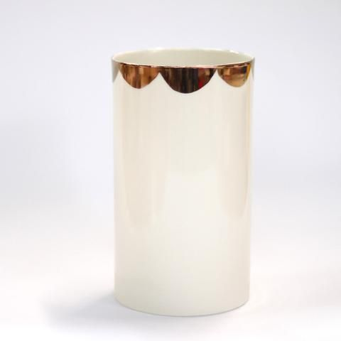 Handmade Porcelain and gold Scallop Vase by #UrbanCartel
