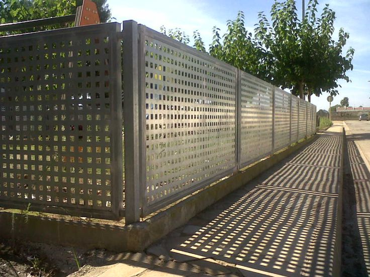 Las 25 mejores ideas sobre puertas de jard n de hierro en - Chapa metalica perforada ...