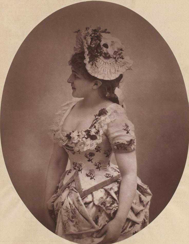 Marguerite VAILLANT-COUTURIER (1855-1930)