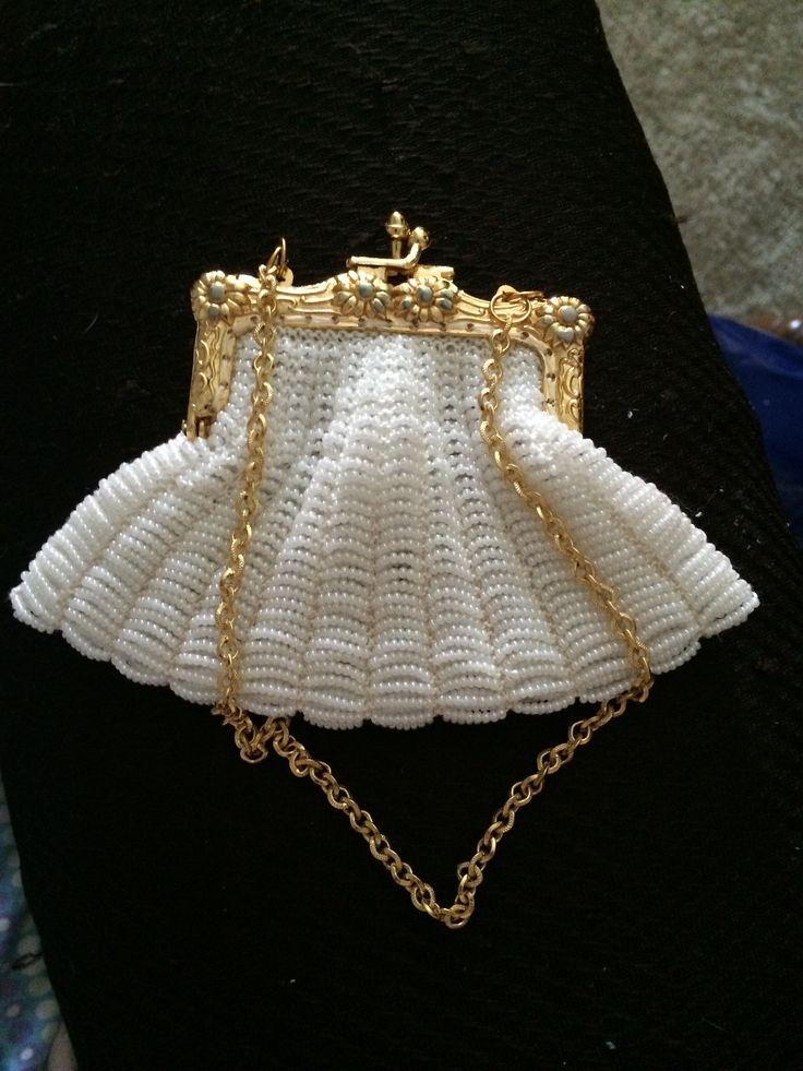 Beaded knit coin purse! Yarn stuff Pinterest