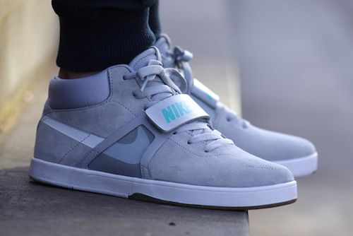 A Cheaper Version Of The Cult 'Back To The Future' Nike Sneakers - DesignTAXI.com