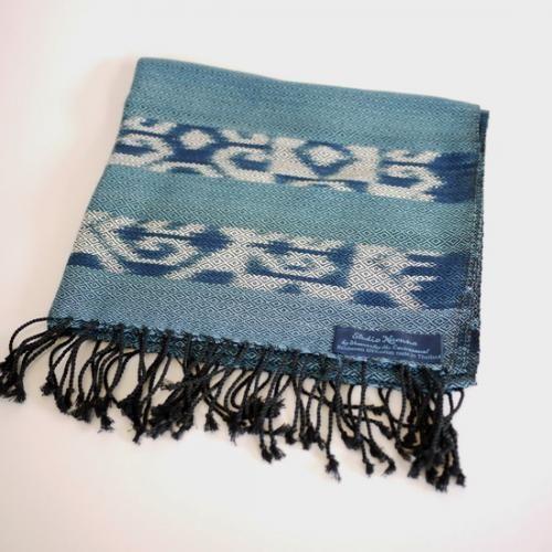 藍染め手織り木絹ストールM c | タイ工藝ムラカ