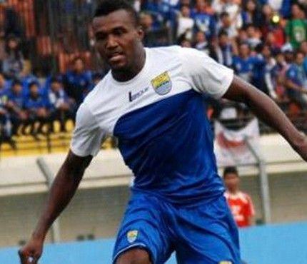 Djibril Coulibaly Ditantang Lewati Rekor 2 Penyerang Tertajam Persib
