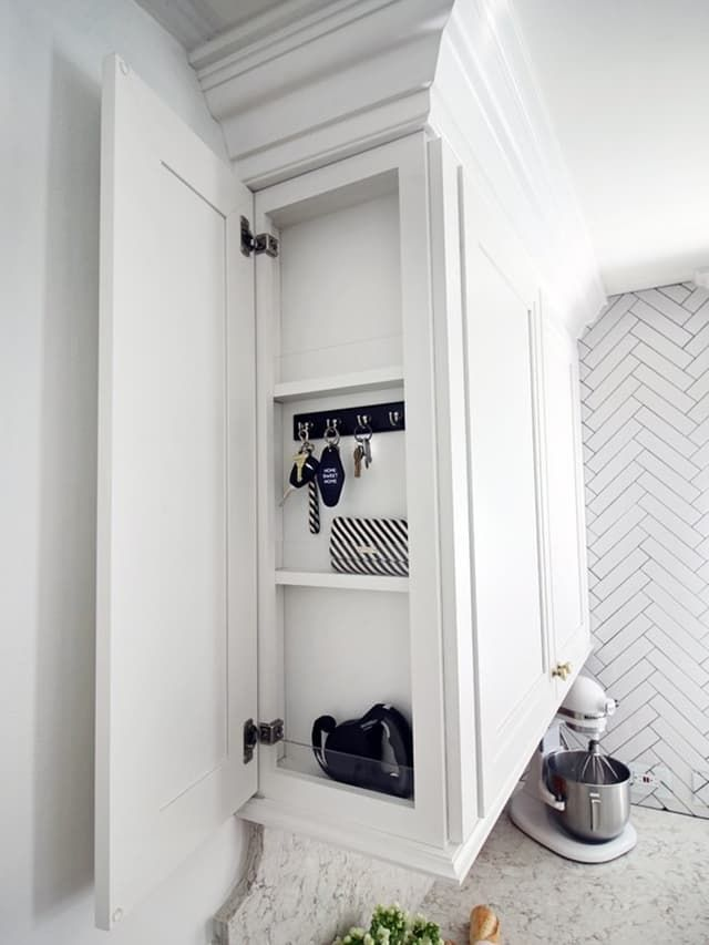 Storage Solutions: 8 Brilliantly Hidden Kitchen Drop Zones | www.homeology.co.za