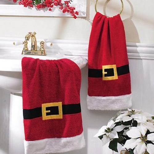 adornos para decorar el cuarto de baño en navidad. toalla de papá noel