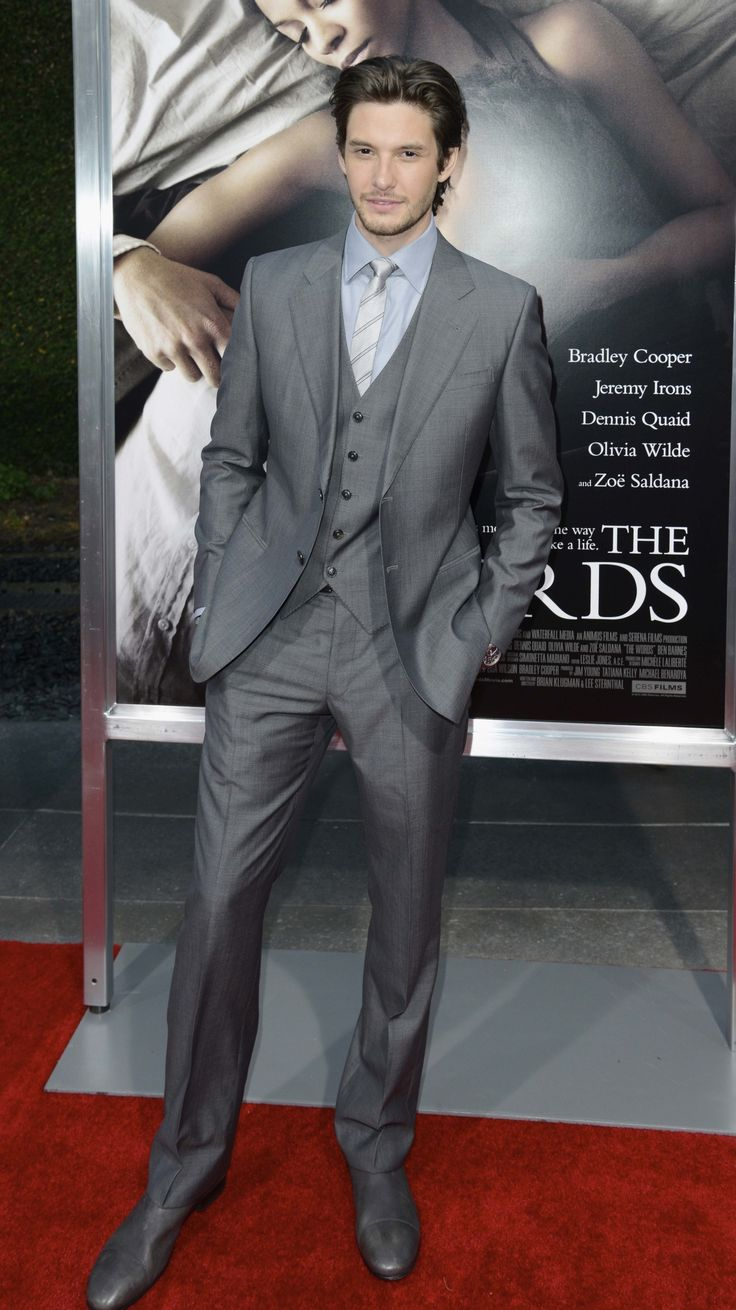 'THE WORDS' PREMIERE IN LOS ANGELES 191.jpg Click image to close this window