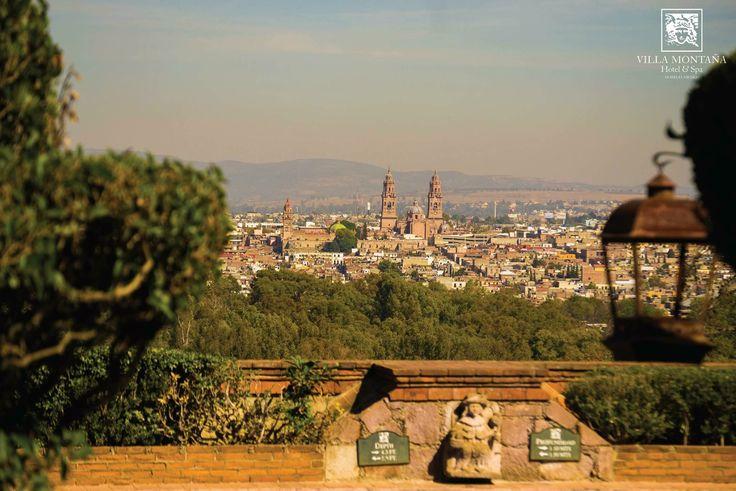 ¿Te imaginas comenzar la semana con esta espectacular vista de la ciudad? Disfruta de Morelia como nunca, en Villa Montaña 😉  #HotelVillaMontaña #RefugioDeAltura