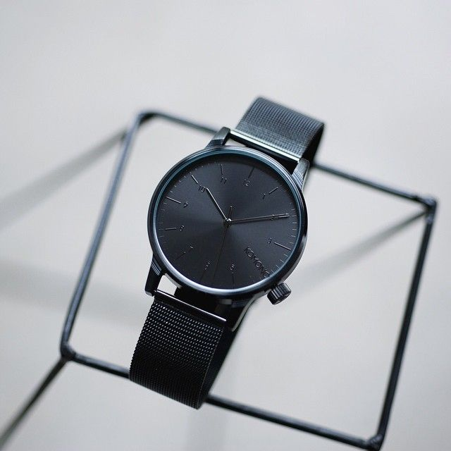 Opět pro vás máme skladem hodinky KOMONO Winston Royale Black. Objednávejte na 24Time.cz http://www.24time.cz/winston-royale-black-526345/