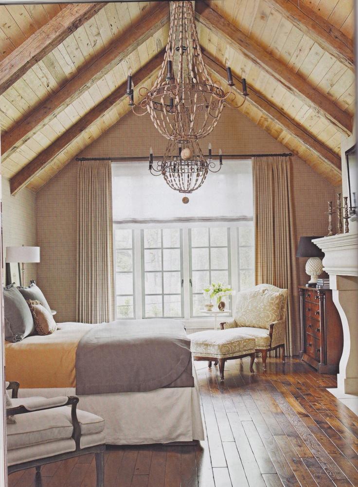 Plus de 1000 id es propos de chambre sur pinterest - Chambre avec plafond en pente ...