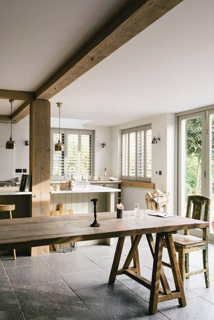 Cozinhas rústicas por deVOL Kitchens