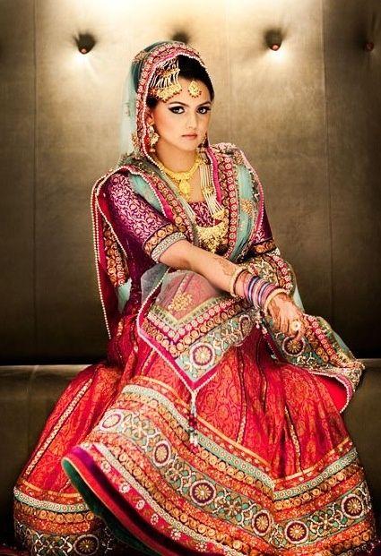 Indian wedding, Indian bride, Lengha, #colorfullengha #indianbridaldresses #indianwedding