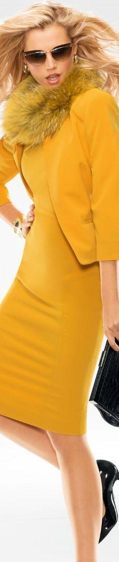 sárga monokromban