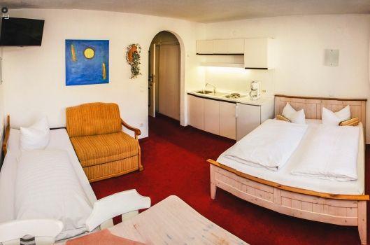 Hotel Almhof Kitzbühel - 1-Raum Studio - Kirchberg, Tirol, Steakhouse, Asados, Bar