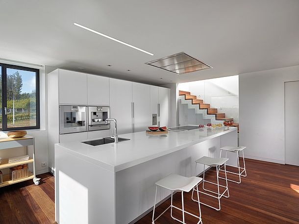 Interiores minimalistas: Cozinha Santo, White Kitchen, Cuin Santo, Santo Kitchens, Ideas Cocina, Interiors Design, Cocina Neutral, Cuina Intra, Intra Kitchens
