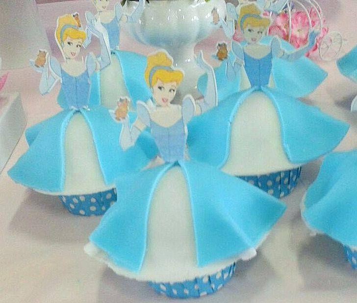 A união do cupcake e do Scrap: Cinderela The union of cupcake and scrapbooking: Cinderella