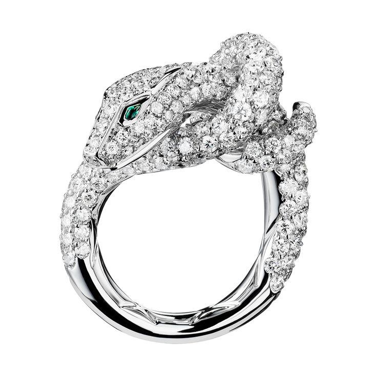 カー リング, a Maison Boucheron Jewelry creation. A Boucheron creation tells a Story, that of the Maison and your own.
