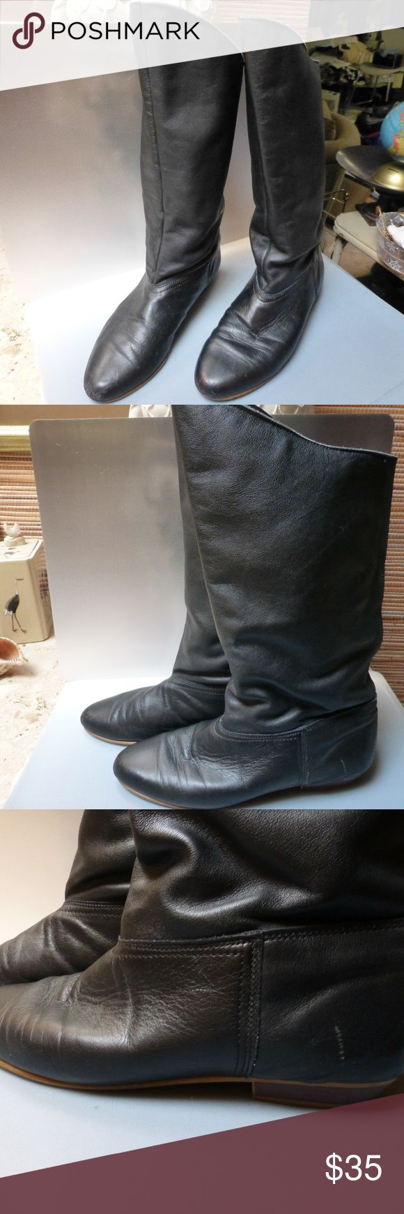 Black leather knee hi foldable cuff 1 ''heel Black leather walkable knee hi comfy boots with 1''heel ,can also fold for a cuff.Get ready for cold weather. size 9  1/2 med  pull up boots. Shoes