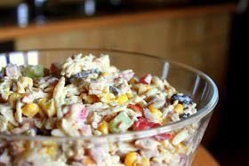 gotuj się do gotowania!: Szybka imprezowa sałatka z orzeszkami ziemnymi