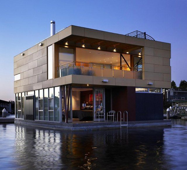 """""""If you don't like your neighbors you can just pull up your anchor and leave"""" - Floating home @ Lake Union, Seattle"""